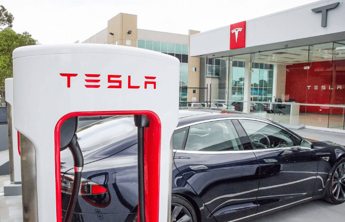 people-had-to-spend-a huge-amount-of-money-to-charge-their-batteries-and-to-power-up-their-vehicles